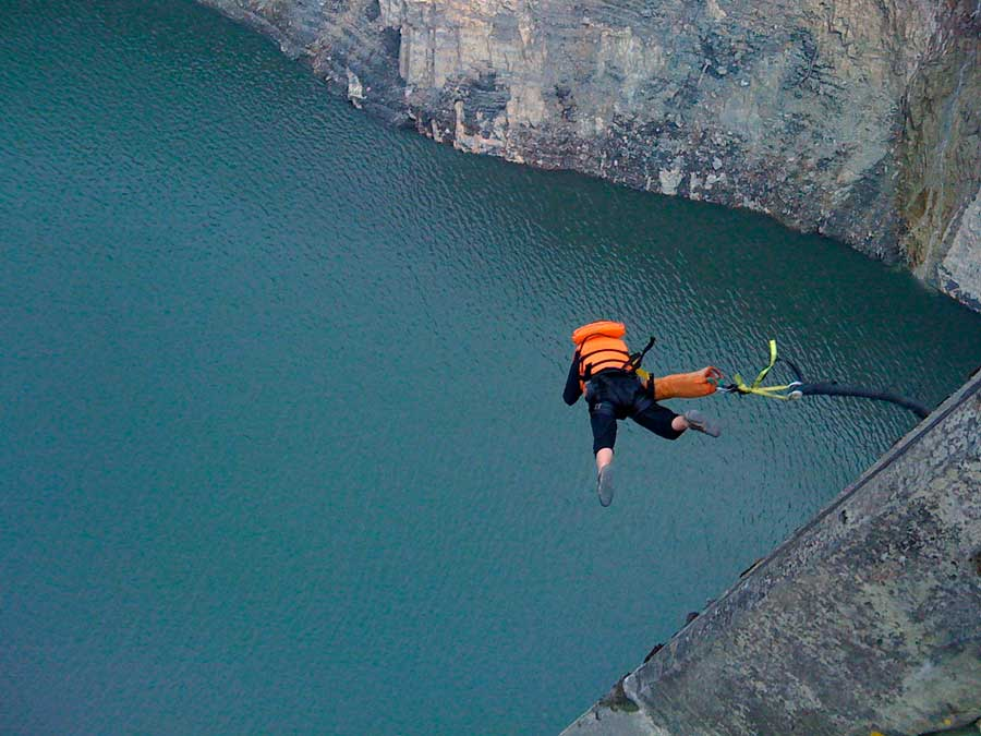 bungee_jumping_colombia_tourism_aventura