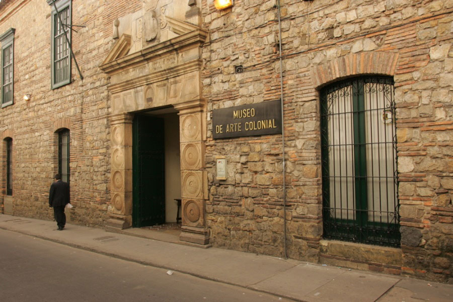 colonial_arts_museum_bogota_travel_colombia
