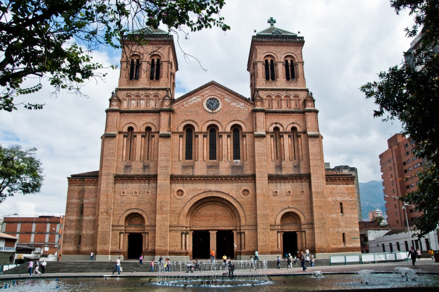 metropolitan_church_medellin_travel_colombia
