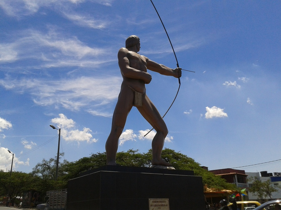 monumento_indio_motilon_cucuta_travel_colombia