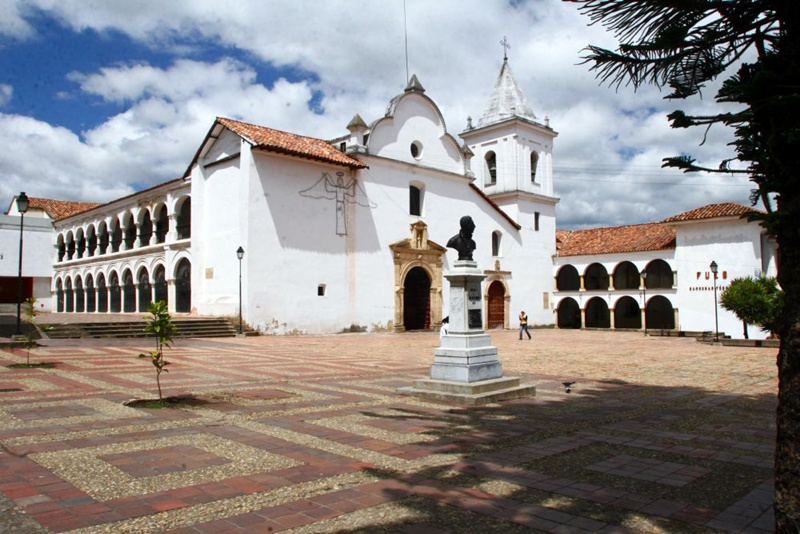 templo_convento_san_francisco_tunja_travel_boyaca_colombia
