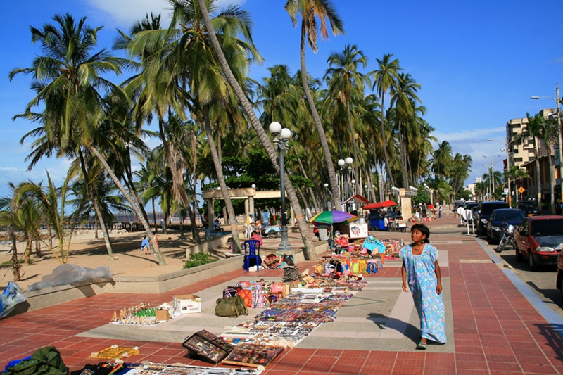 shopping_riohacha_colombia_travel