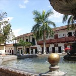 santa_fe_antioquia_casas_plaza_colombia_travel
