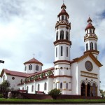 manizales_iglesia_chipre_colombia_travel