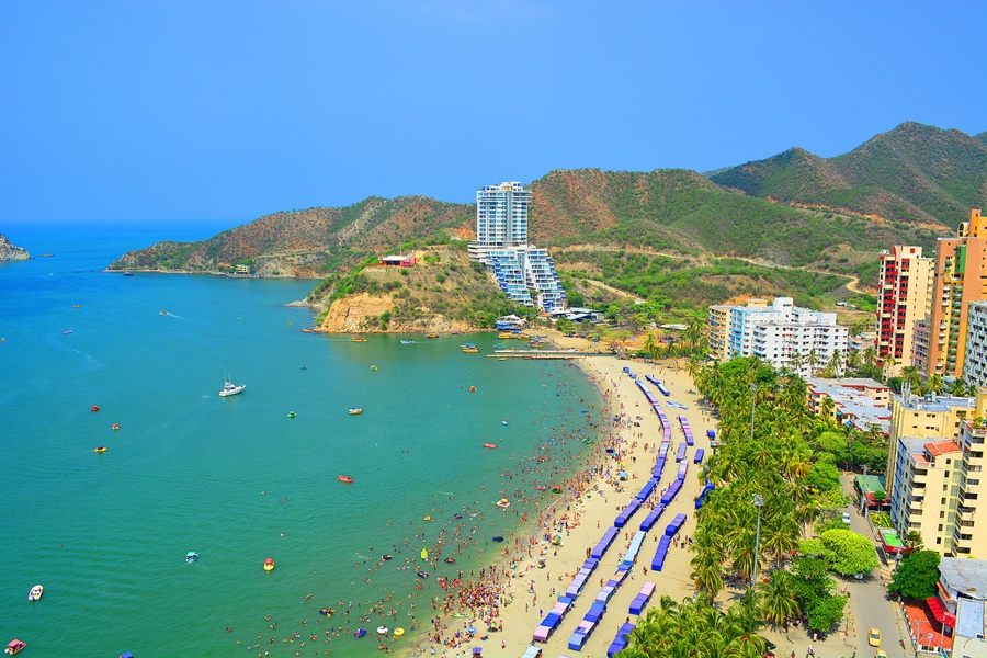 santa_marta_rodadero_playa_colombia_travel