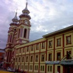 ibague-iglesia-carmen-colombia-travel
