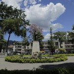 ibague_plaza_bolivar_colombia_travel